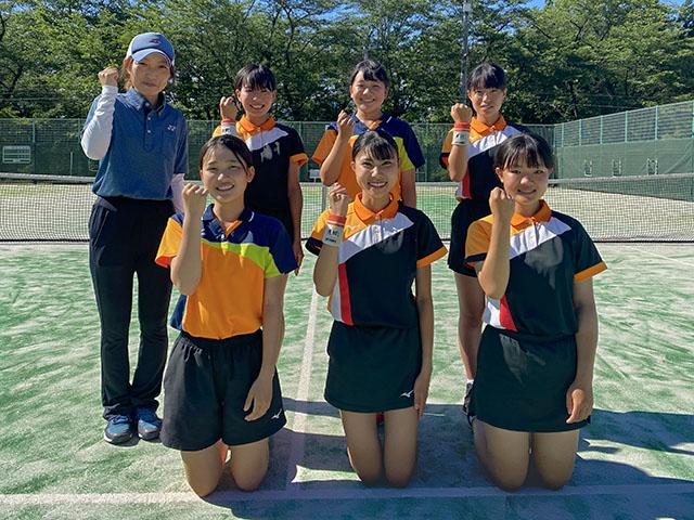 女子団体戦Aトーナメント第2位